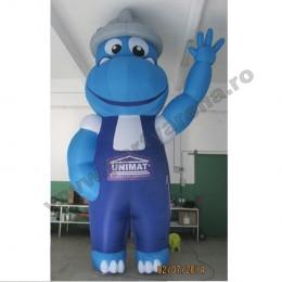 mascota-albastra-hipopotam-5